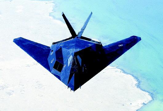 机密飞机,包括a-12超音速侦察机和f-117隐形战斗机