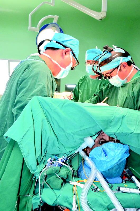 美国心脏塔桥手术图片大全