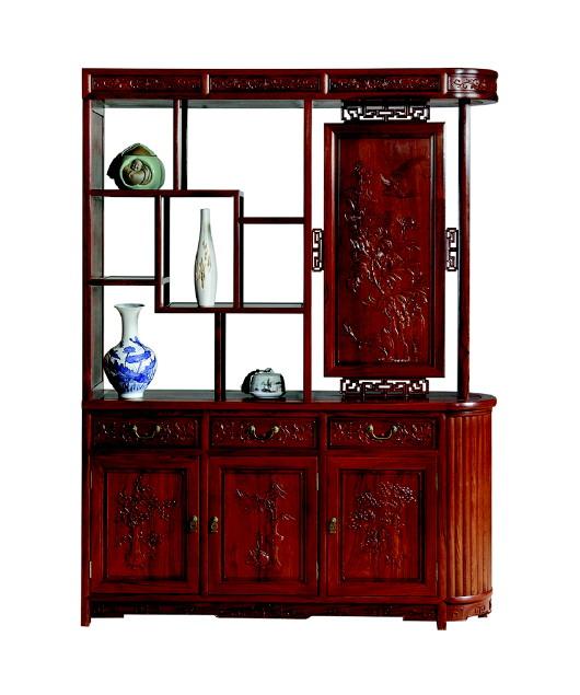 了酒柜和餐边柜的作用,实用性非常高,器型别具一格,侧边柱状圆弧设计
