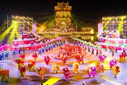 其中开发区渔灯节,长岛妈祖庙会,莱州东海神庙祭海节等活动,丰富提升